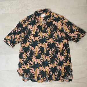 Your Neighbors Hawaiian Shirt Sz L Palm Tree 🌴